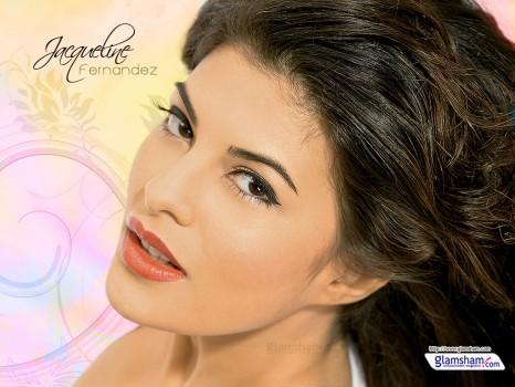 Jacqueline Fernandez pink lips wallpaper