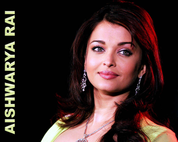 Aishwarya Rai Bachchan glamourous wallpaper