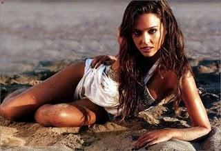 Jessica Alba Hot photo of Tight Body