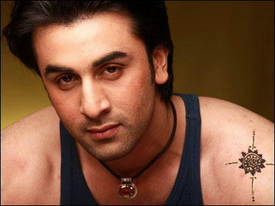 Ranbir Kapoor romantic face look wallpaper