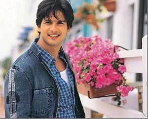 Shahid kapoor looking very handsome