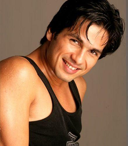 Shahid Kapoor sexy face look