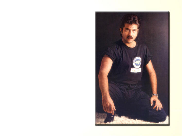 Anil Kapoor stylist pose wallpaper