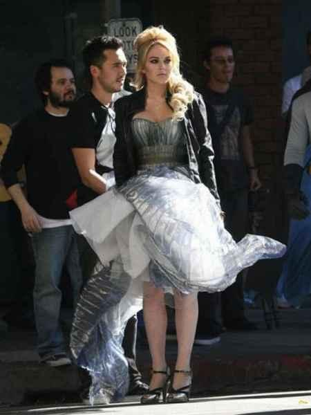 Lindsay Lohan amazing dressing pic
