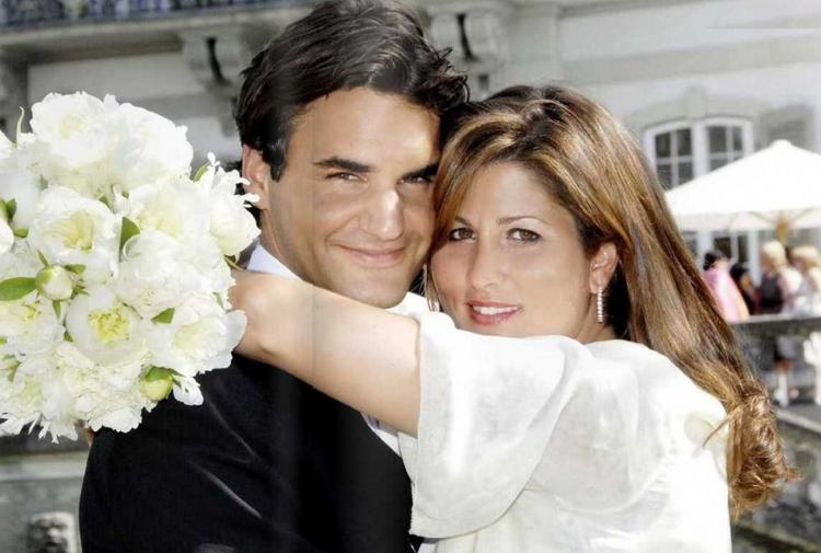 Roger Federer Romantic Photo With His Wife