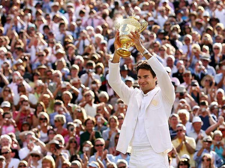Switzerland Tennis Star Roger Federer With Trophy