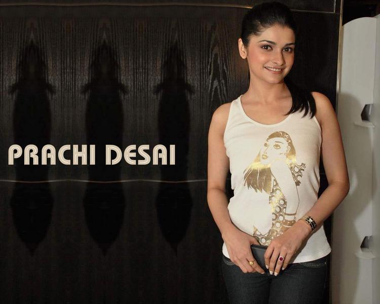 Prachi Desai Sexy Pose Wallpaper