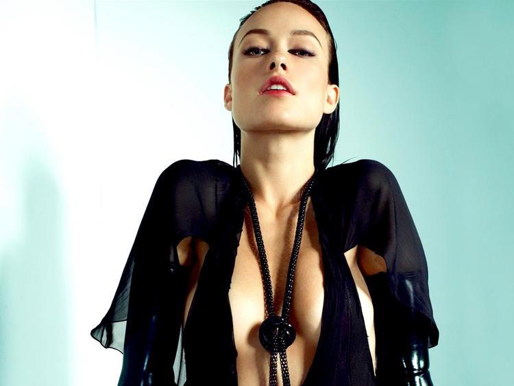 Olivia Wilde Open Boob Show