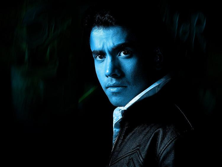 Tusshar Kapoor with hot pics