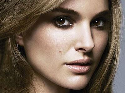 Adaline Movie Natalie Portman Image