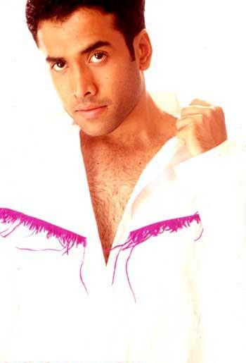 Tusshar Kapoor hot look