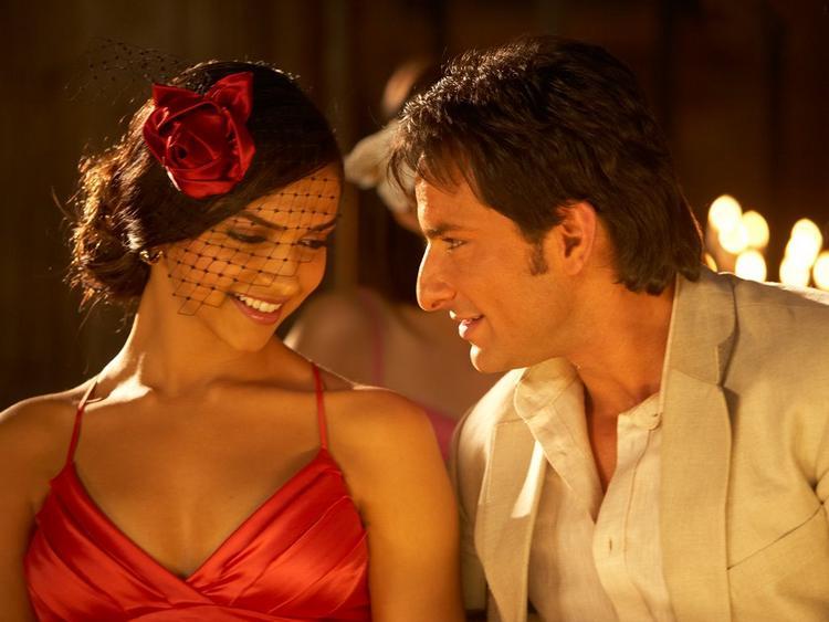 Deepika Padukone and Saif Ali Khan in Love Aaj Kal
