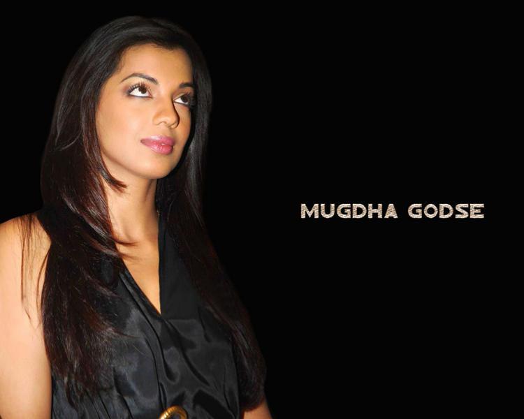 Mugdha Godse Black Dress Gorgeous Wallpaper