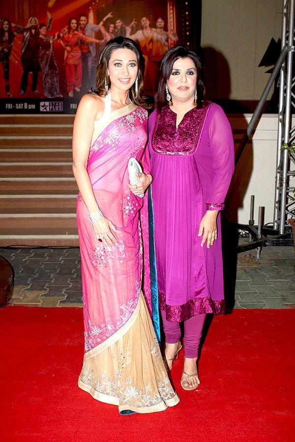 Karishma Kapoor With Farah Khan On Red Carpet