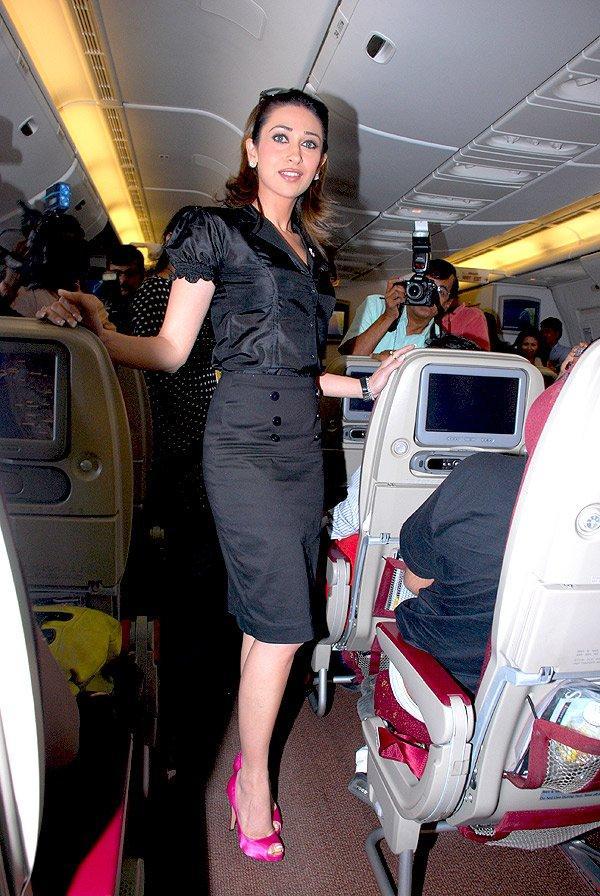 Karishma Kapoor Black Color Dress Still