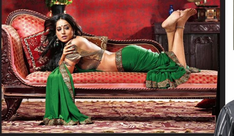 Saheb Biwi aur Gangster Mahie Gill Hot Wallpaper
