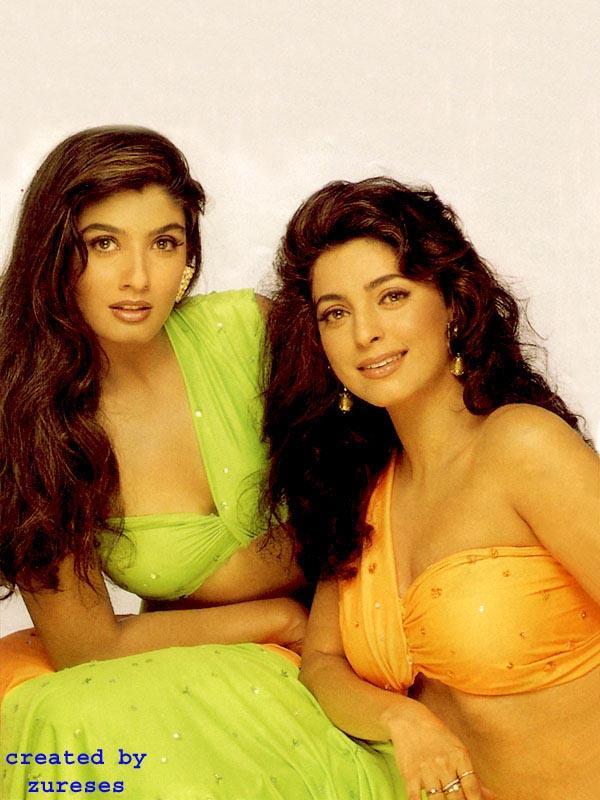 Juhi Chawla and Raveena Tandon Wallpaper