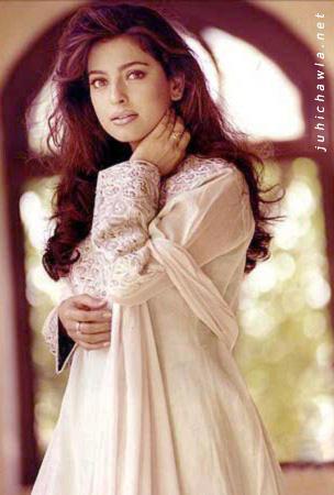 Most Charming Actress Juhi Chawla Wallpaper