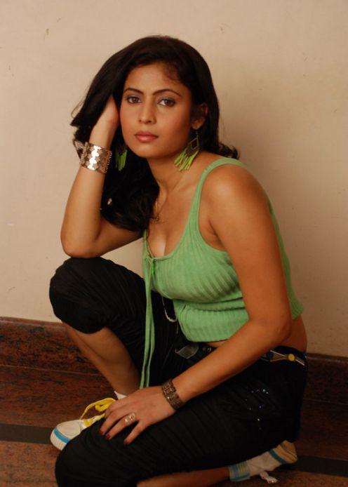 Saira Banu Hot Pose Photo Shoot