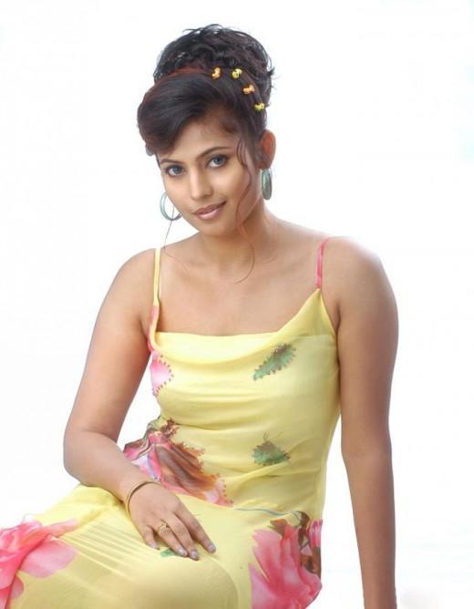 Saira Banu Sexy Smile Still