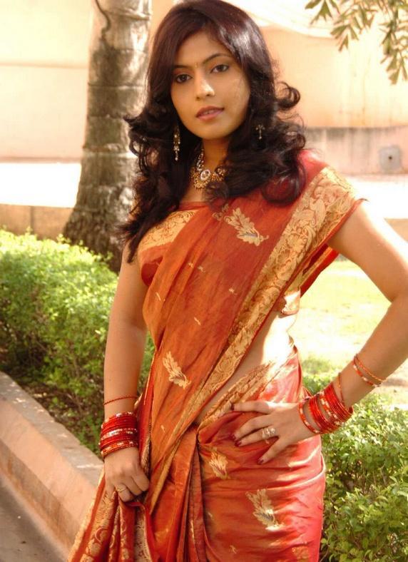 Saira Banu Traditional Saree Beauty Still
