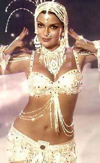 Zeenat Aman Sexy Navel Show