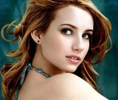 Emma Roberts Stunning pPoto
