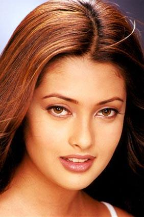 Riya Sen with cool look