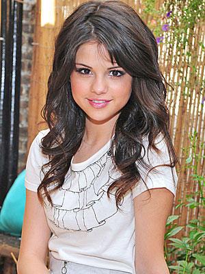 Selena Gomez Cute Beauty Still