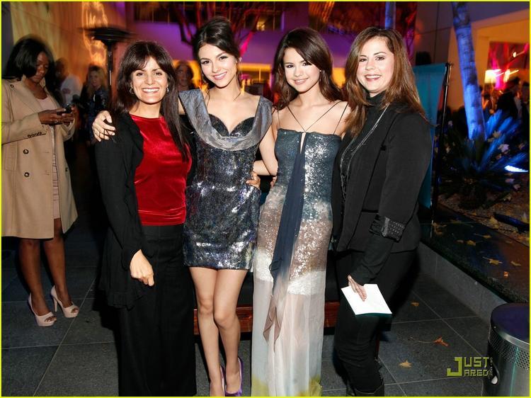 Selena Gomez Poses to Photo Shoot