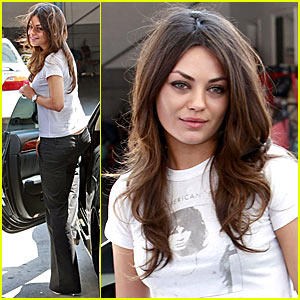 Mila Kunis Cute Sexy Lips Still