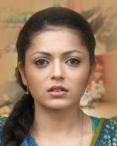 Drashti Dhami as Geet