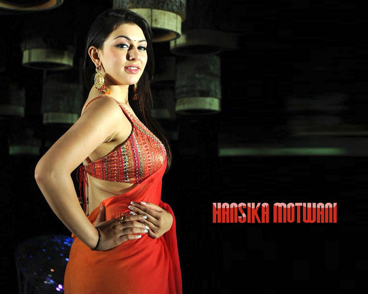 Hansika Motwani beautiful look wallpaper