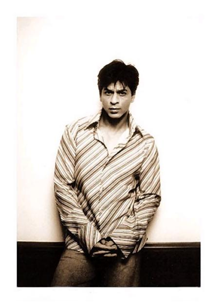 Super Star Shah Rukh Khan Wallpapers