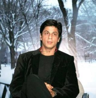 Shah Rukh Khan Simple Look Wallpaper