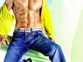 Shah Rukh Khan Six Pack Wallpaper