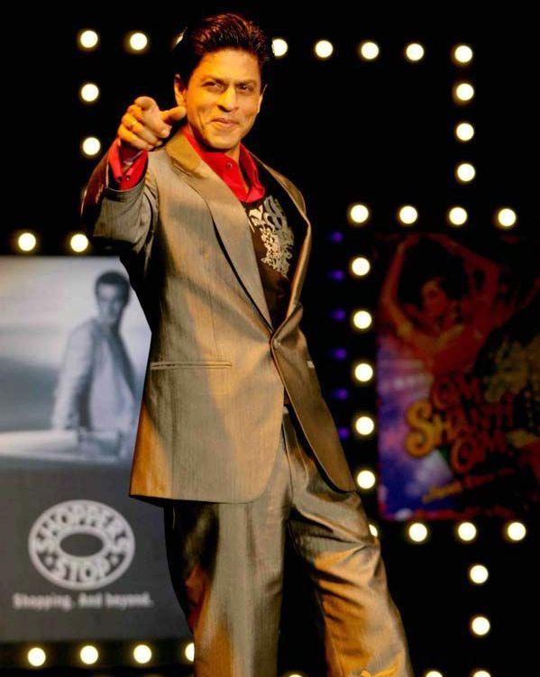 King of Romance Shah Rukh Khan Wallpaper