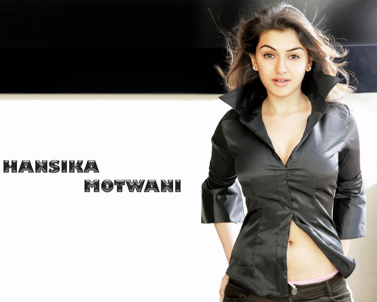 Hansika Motwani Looking hot
