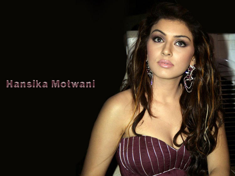 Hansika Motwani hot look wallpaper