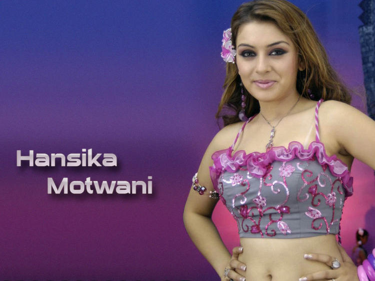 Hansika Motwani with sweet smile