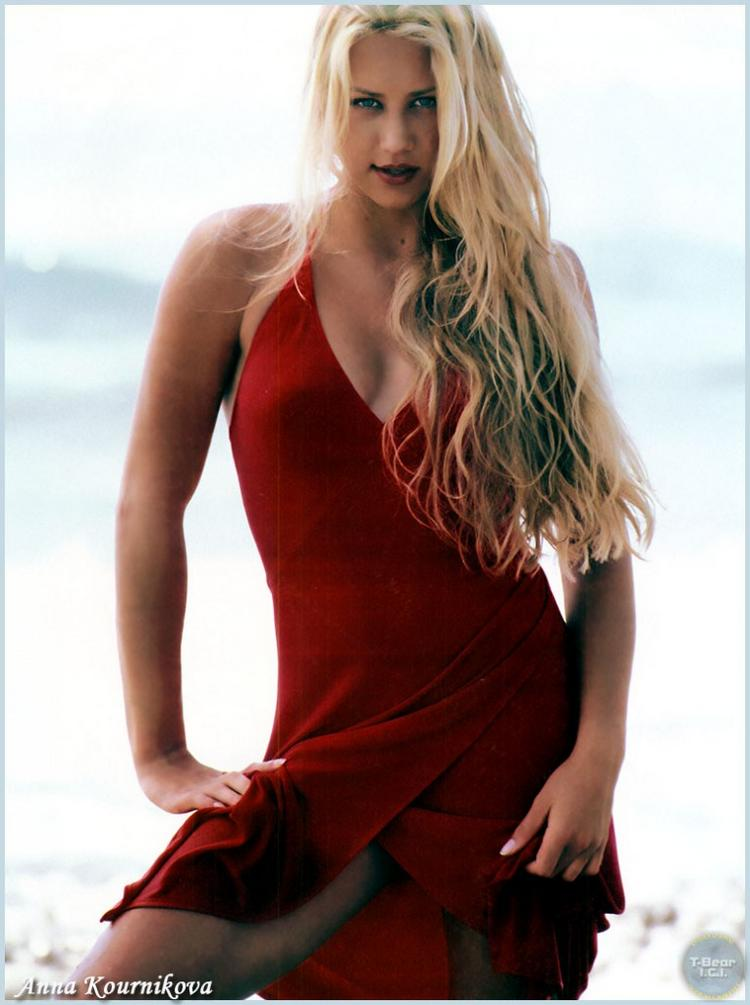 Anna Kournikova Red Dress Spicy Pose Wallpaper