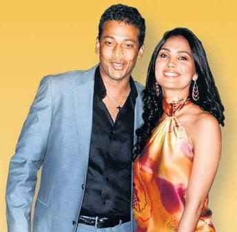 Lara Dutta and Mahesh Bhupathi Gorgeous Smile Pic