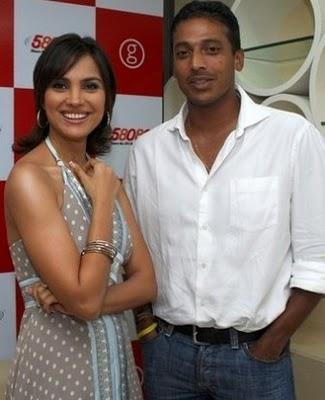 Lara Dutta and Mahesh Bhupati at Mylaradutta.com Launch