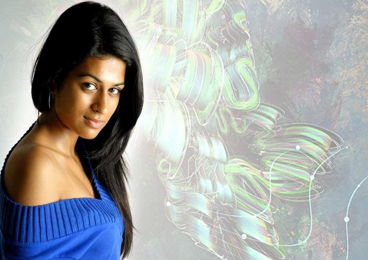 Shraddha Das Blue Dress Romantic Look Wallpaper