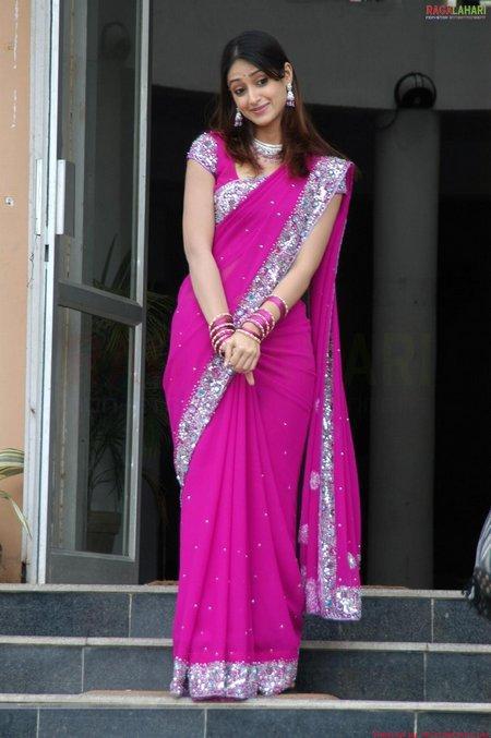 Ileana D'Cruz Pink Saree Beauty Still