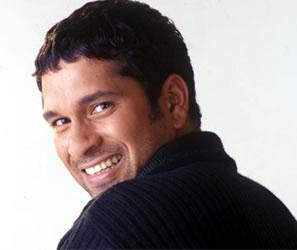 Sachin Tendulkar Sexy Smile Pic