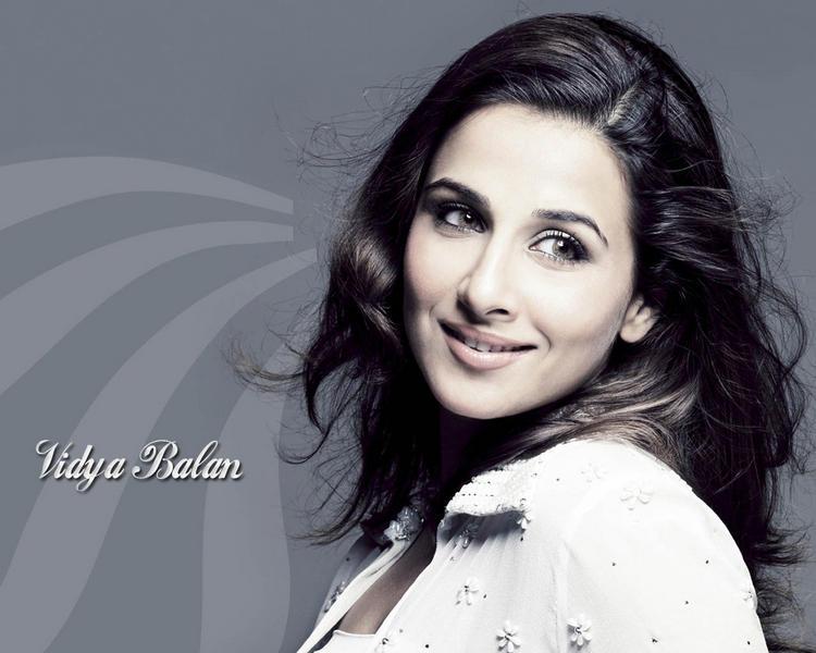 Charming Actress Vidya Balan Still