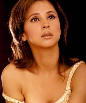 Urmila Matondkar Hot Sexy Look