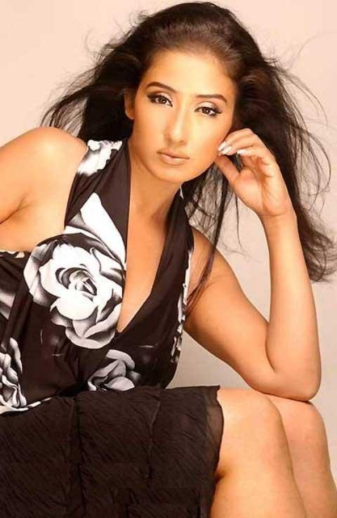 Spicy Manisha Koirala hot image