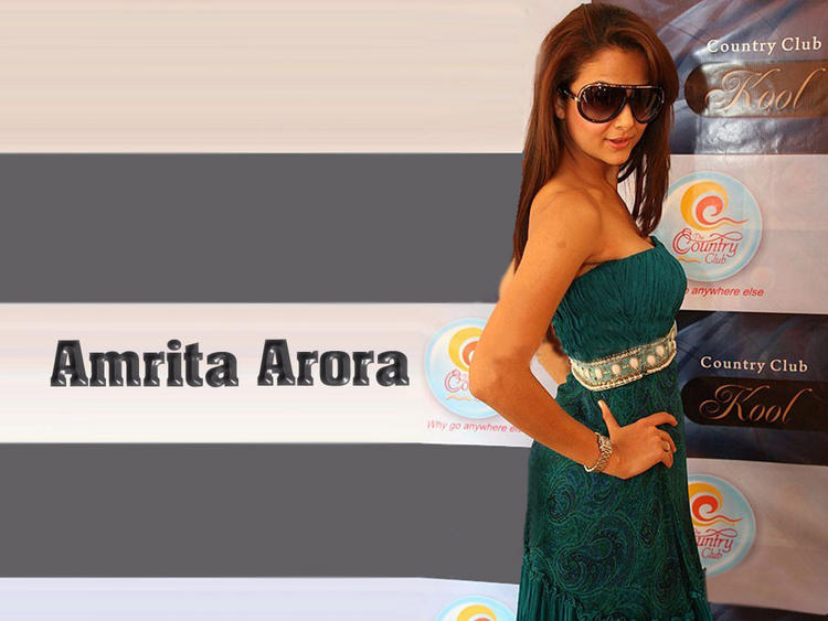 Sexy Amrita Arora wallpaper